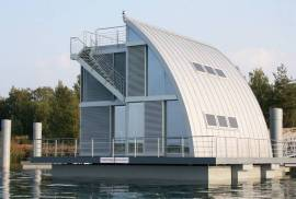 Contemporary Floating Home